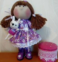 Игровая текстильная кукла. Девочка с зайчиком