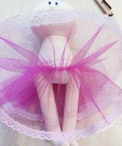 Как сшить юбку из фатина для кукол.