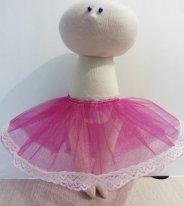 Как сшить юбку из фатина для кукол. Готовая юбка