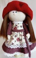 Берет  из флиса для текстильной куклы