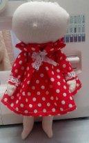 Простое платье для текстильной куклы