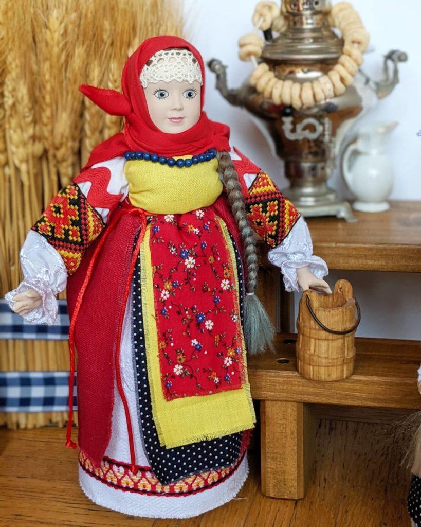 Куклы в русских народных костюмах